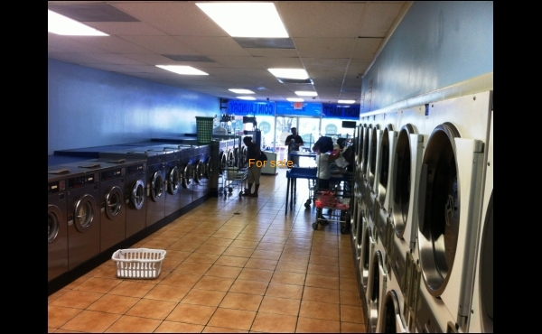 Laundry for sale in Davie, FL- Interior