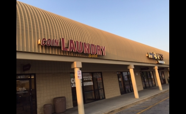 Laundry for sale in Tampa, FL- Exterior Image